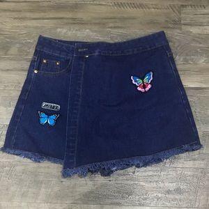 Blue jean skirt shorts w 5 pockets & butterflies